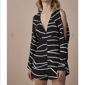 NEW • C/MEO • Anthropologie Do It Now Playsuit M